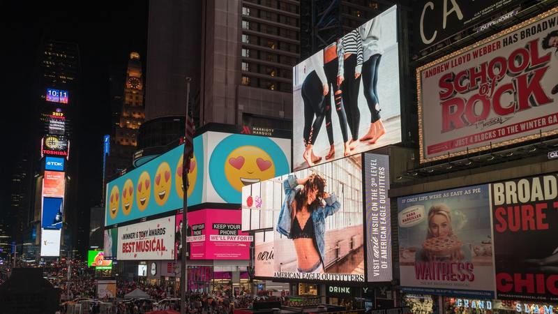 advertisements-architecture-billboards-broadway-1058276.jpg